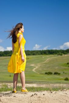 Free Woman In Yellow Royalty Free Stock Photos - 14741278