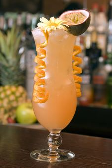 Free Tropical Cocktail Royalty Free Stock Photo - 14741505
