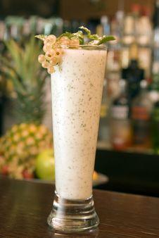 Free Gooseberry Cocktail Stock Photo - 14741510