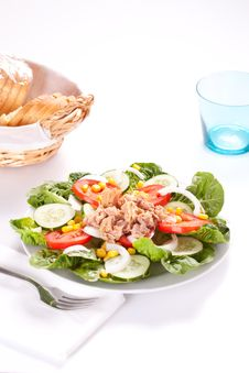 Salad Tuna Tomato Corn And Onion Royalty Free Stock Photos