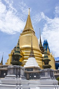 Free Gold Temple Stock Image - 14747811