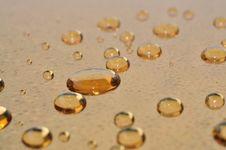 Free Gold Drops Royalty Free Stock Photo - 14747845