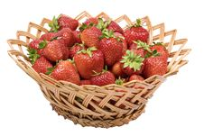 Free Ripe Strawberries In A Wicker Basket Royalty Free Stock Photos - 14751598