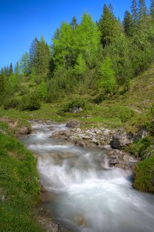 Free Alpine Mountain River Royalty Free Stock Photo - 14756525