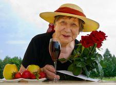 Free Senior Woman Royalty Free Stock Photos - 14757038