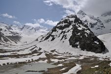 Free Caucasus Mountains Royalty Free Stock Photography - 14759127