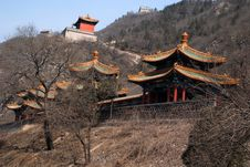 Free Three Chinese Pagoda On Hills Royalty Free Stock Photos - 14759158