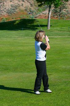 Free Female Golfer Royalty Free Stock Image - 14761106