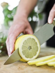 Free Cutting Lemon Royalty Free Stock Photography - 14762657