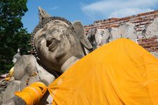 Free Reclining Buddha Royalty Free Stock Photography - 14763167