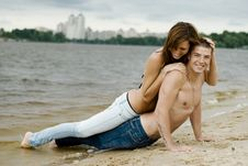 Free Couple On A River Bank Royalty Free Stock Photography - 14763387