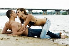 Free Couple On A River Bank Royalty Free Stock Photos - 14763408