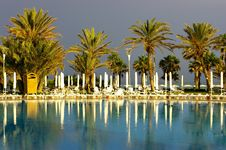 Free Pool And Palm After The Rain Royalty Free Stock Photography - 14764307