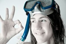 Free Teenager Diver Showing Ok Royalty Free Stock Photo - 14766875