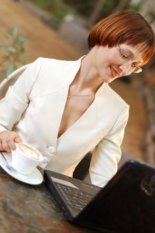 Free Business Woman On The Job. Royalty Free Stock Photo - 14768555