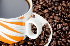 Free Coffee Cup And Beans Royalty Free Stock Images - 14769779