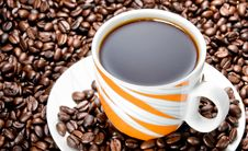 Free Coffee Cup And Beans Royalty Free Stock Images - 14769819