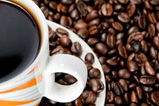 Free Coffee Cup And Beans Royalty Free Stock Photos - 14770028