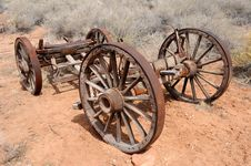 Free Pioneer Wagon Wheels Royalty Free Stock Photo - 14771915