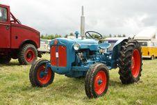 Free Old Tractor Stock Photography - 14774962