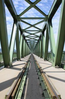 Free Railway Bridge Royalty Free Stock Photography - 14775127