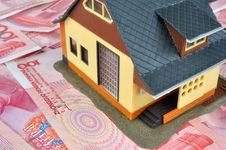 Free Money Notes And House Model Stock Images - 14775734