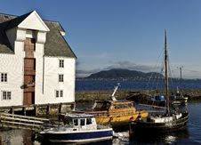 Free Old Wharf In Alesund Stock Photography - 14776482