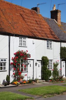 Free Traditional English Village Cottage Stock Image - 14779441