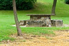 Free Picnic Table And Trees Royalty Free Stock Photography - 14780907