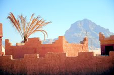 Free Fortress Wall Against The Blue Sky Royalty Free Stock Photography - 14784127
