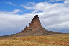 Free Monument Valley Spire Royalty Free Stock Photography - 14785417