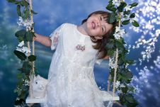 Free Little Girl On Swing Stock Images - 14787524