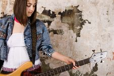 Free Music Girl With Guitar Royalty Free Stock Photography - 14792737