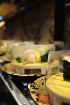 Free Conveyor Belt Sushi Stock Photography - 14798752