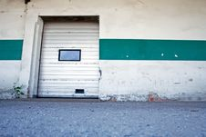 Free Dirty Loading Dock Royalty Free Stock Image - 14799476