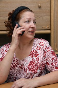 Free Old Woman Calling By Phone Royalty Free Stock Photography - 14799797