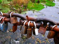Free Rusty Padlocks Over River Royalty Free Stock Photo - 1481865