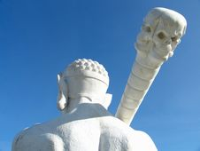 Free Statue With Skeleton Club Royalty Free Stock Photo - 1483935