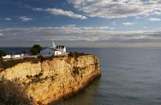 Free Chapel On A Cliff Royalty Free Stock Images - 1484699