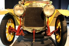 Free Smiling Old Car Stock Image - 1484821