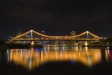 Free Story Bridge By Night From Side Royalty Free Stock Photo - 1484825