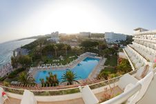 Free Luxury Hotel With Pool Stock Images - 14800434