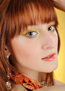 Free Beautiful Woman Face With Golden Arabic Make-up Stock Image - 14803451