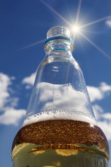 Free Drink  Bottle  Cooling  Cold  Sun Royalty Free Stock Photography - 14807227