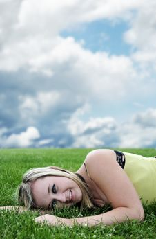 Free Beautiful Blond Young Girl Laying Stock Photos - 14811693