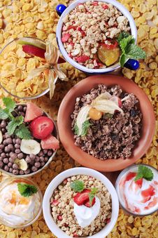 Free Variety Of Breakfast Cereal Royalty Free Stock Photo - 14811835