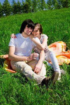 Free Girl And Boy On Grass Royalty Free Stock Photos - 14815978