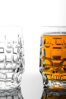 Free Beer Glasses Stock Photos - 14838583
