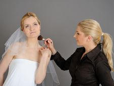 Free Natural Wedding Make-up Applied To Pretty Bride Stock Images - 14840454