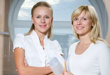 Portrait  Two Businesswomans Royalty Free Stock Photography